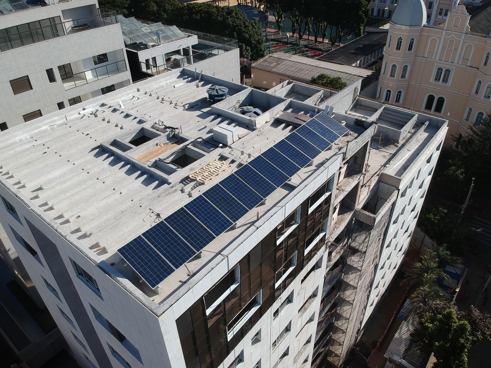 Sistema de 4,48kWp para um condomínio, Belo Horizonte MG, Economia anual de aproximadamente R$ 6.200,00 (2)