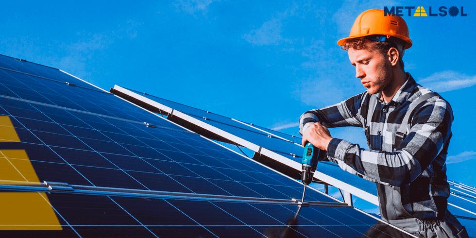 Usina Solar | Como Funciona a Manutenção?